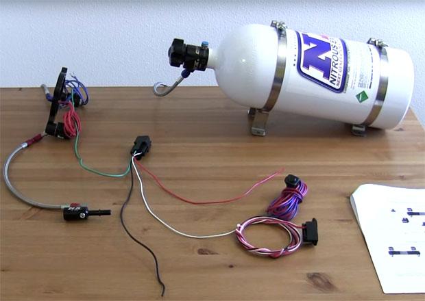 Vstřikování rajského plynu: Levně až stovky kW navíc! Jak nitro funguje?