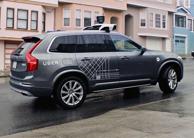 Autonomní budoucnost aut? Není tak blízko, jak se zdá, tvrdí šéf Uberu