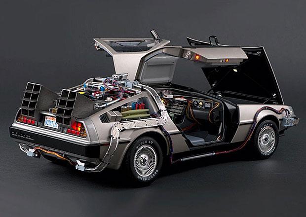 DeLorean DMC-12 z Návratu do budoucnosti: Detailní model za hříšné peníze