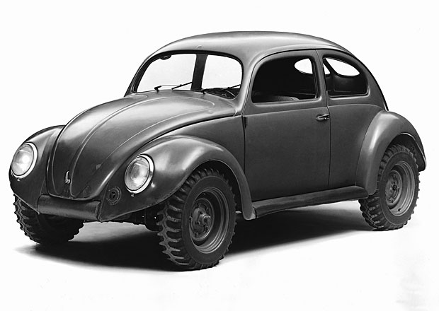 Obl� legenda Volkswagen: Slavn� Brouk se za�al s�riov� vyr�b�t p�ed 70 lety