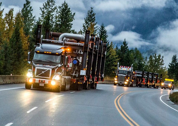 Volvo VNX 630, nadměrný náklad a kanadská divočina (+video)
