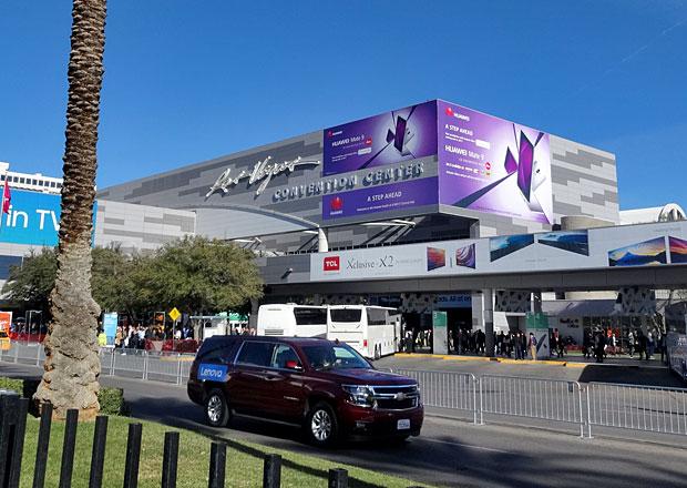 Veletrh CES vLas Vegas na vlastní kůži: Zajímají ještě někoho auta? Jak se to vezme…