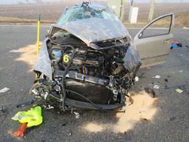 Těžká nehoda Škody Octavia na D2. Vůz zastavil jen kousek od stojanu benzinky!