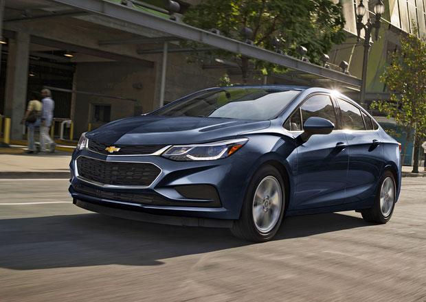 V Americe objevili Ameriku: Naftový Chevrolet Cruze je na dálnici úspornější než Toyota Prius