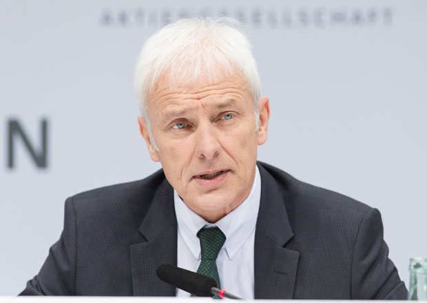 Šéf Volkswagenu nevyloučil jednání o spojení s Fiat Chrysler