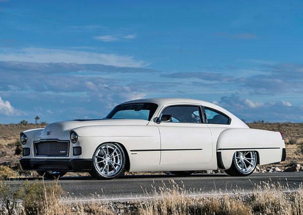 Ringbrothers Madam V: Kupé Cadillac 1948 má moderní vnitřnosti. Ten strašný interiér musíte vidět!