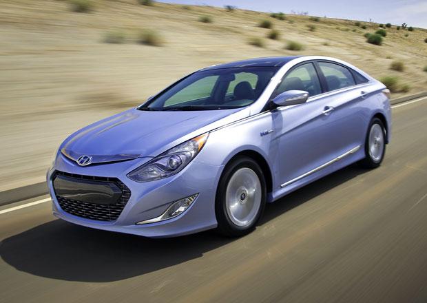 Hyundai svolá téměř milion aut, mohou mít potíže s pásy