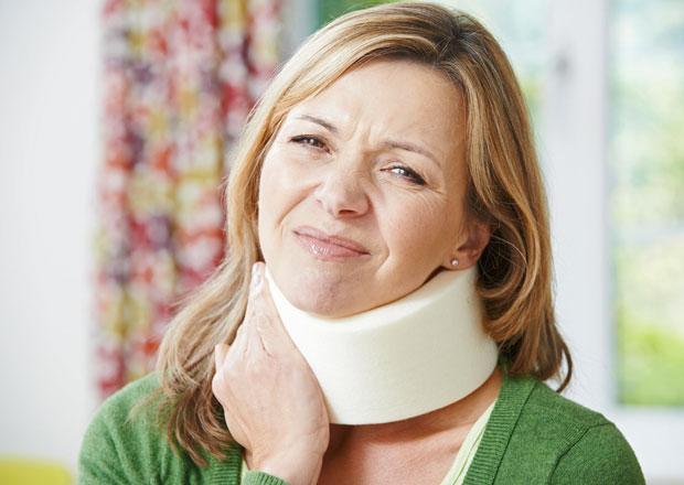 Jak předejít poranění krční páteře při autonehodě? Správně nastavená opěrka je základ!