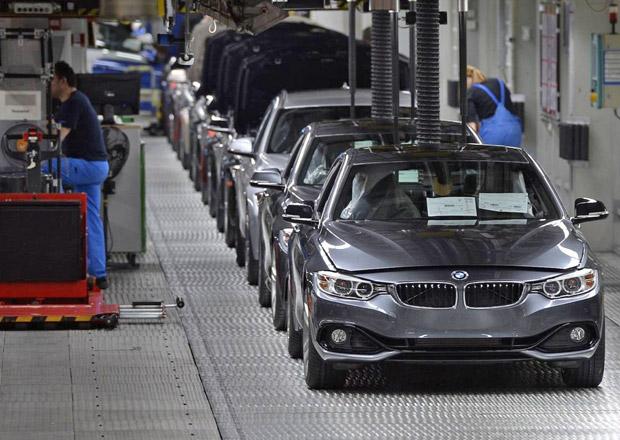 Zdrogovaní a opilí dělníci způsobili zastavení výrobní linky BMW