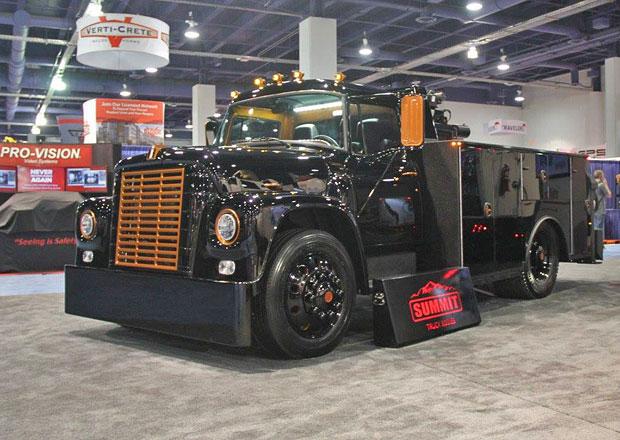 Přeplňovaný osmiválec Dodge Hellcat se dá namontovat i do náklaďáku
