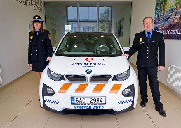 Policejní BMW i3 budou sloužit i v Pardubicích