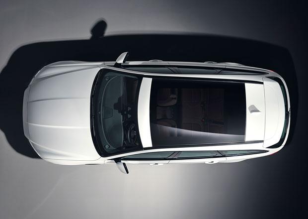 Velké kombi Jaguar XF Sportbrake přijde. Zde je jeho první fotka bez maskování