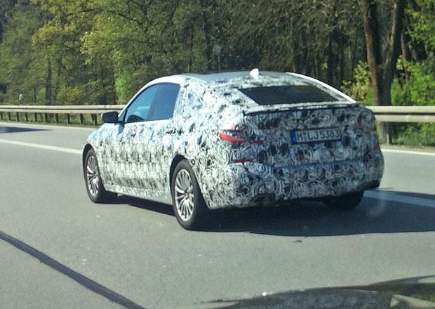 Nástupce BMW 5 GT zachycen v Mnichově. Místo pětky to bude šestka