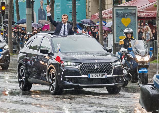 Nové auto pro nového francouzského prezidenta. DS 7 Crossback se speciální výbavou