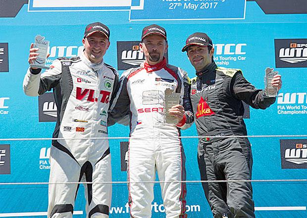 Fulín na Nürburgringu: Výhra a třetí místo