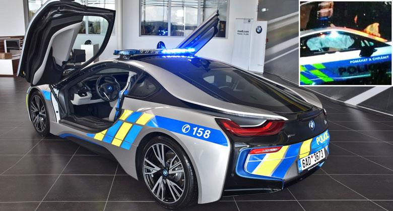 Policejní BMW i8 mělo nehodu. Víme, jak dopadlo