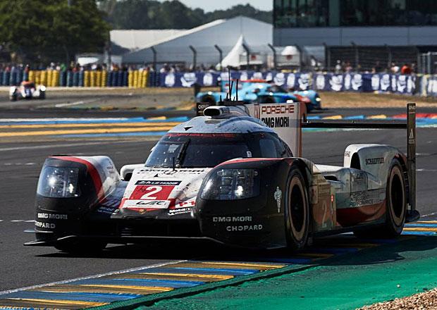 24 hodin Le Mans 2017: Porsche 919 má hattrick, Toyota ztratila naděje v noci