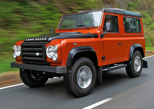 Land Rover Defender: Nová generace má dorazit dřív než se očekává