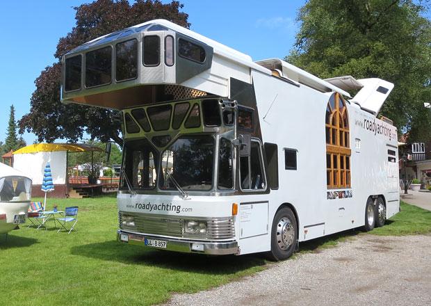 Neoplan Skyliner Roadyacht: Patrový autobus z roku 1971 jako luxusní silniční jachta