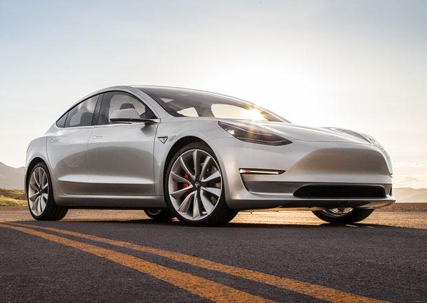 Tesla Model 3 se blíží. Musk slibuje předání prvních aut už tento měsíc!