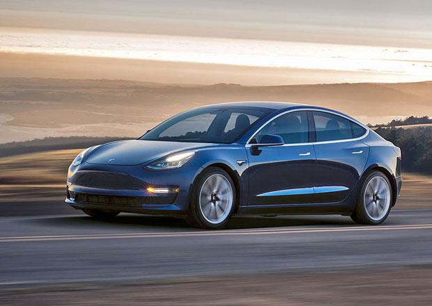 Nabídka Tesly Model 3 se bude rozšiřovat: Výkonnější verze přijede příští rok