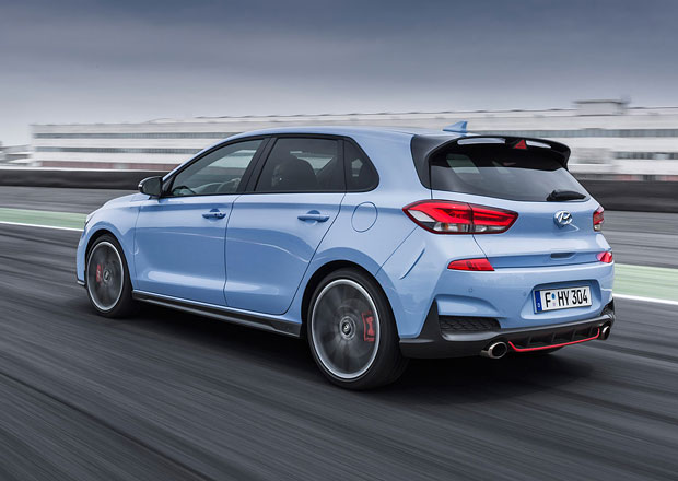 Hyundai i30 N: První stovka prodaná během 48 hodin. Proč o tom Češi nevěděli?