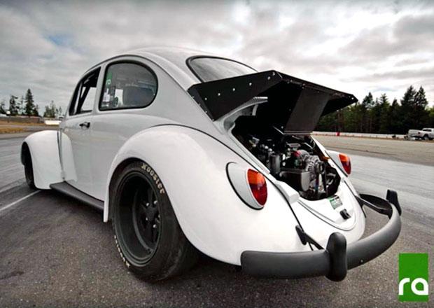 VW Brouk dostal motor Subaru s výkonem 300 koní. Nyní může být váš