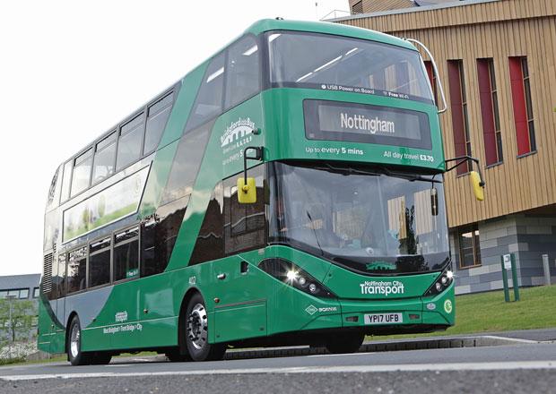 Scania a její patrové CNG autobusy pro Nottingham