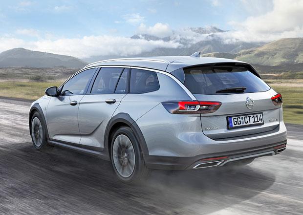 Opel Insignia Country Tourer odhaluje české ceny. Zvýšenému kombi v základu chybí čtyřkolka