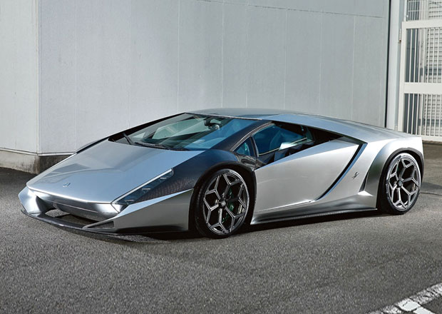 Kode 0: Nové dílo designéra Ferrari Enzo má techniku od Lamborghini