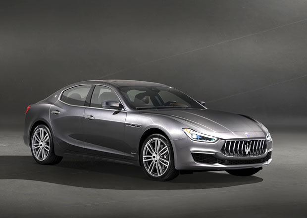 Maserati odhaluje modernizované Ghibli prostřednictvím verze GranLusso