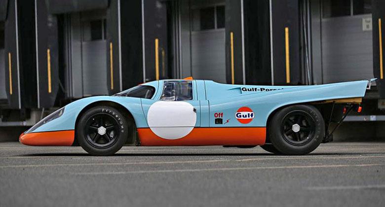 McQueenovo filmové Porsche 917K se konečně vydražilo. A přišlo na pořádný balík!