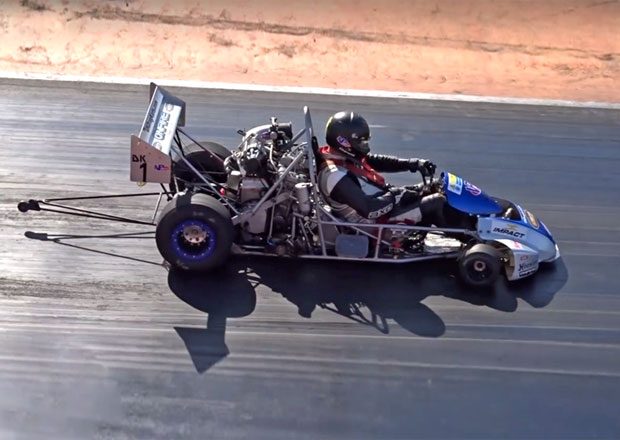 Motokáry pro skutečné odvážlivce: Čtvrt míle urazí za 10 sekund v rychlosti přes 210 km/h!