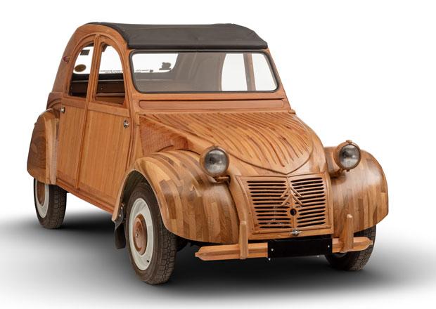 Citroën 2 CV: Kachna může být i dřevěná. A funkční!