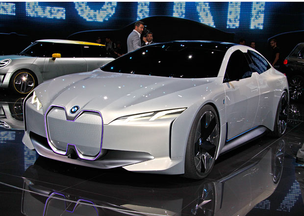 BMW i Vision Dynamics: Elektrické Gran Coupe s dojezdem 600 km