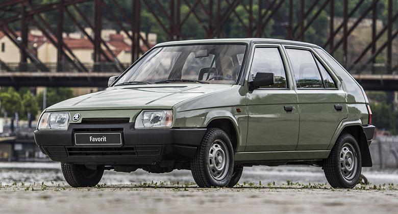 Škoda připomíná třicetiny Favoritu výstavou prototypů a jejich novými fotkami