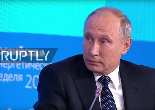 Vladimir Putin má rád elektromobily. I když znečišťují planetu více než auta na zemní plyn