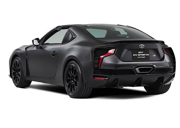 Toyota vzala GT86 a udělala z ní targu s hybridním pohonem. Moc se to nepovedlo...