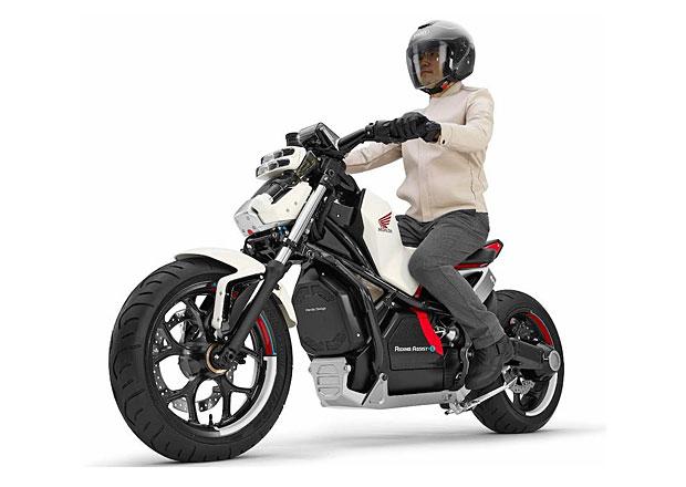 Honda představí další motorku, která zvládne sama udržet rovnováhu