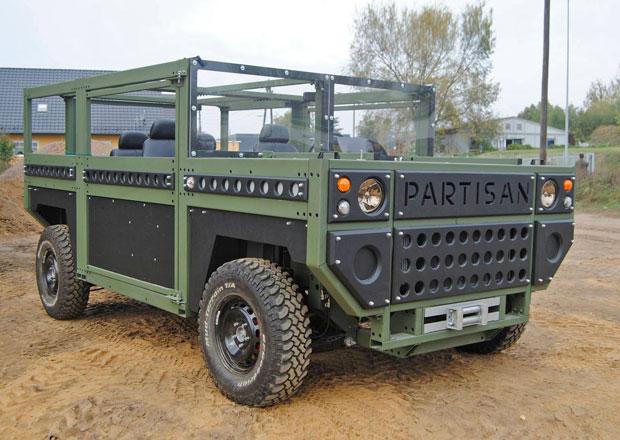 Tohle armádní terénní auto je možná ošklivé. Nabízí ale záruku na 100 let!