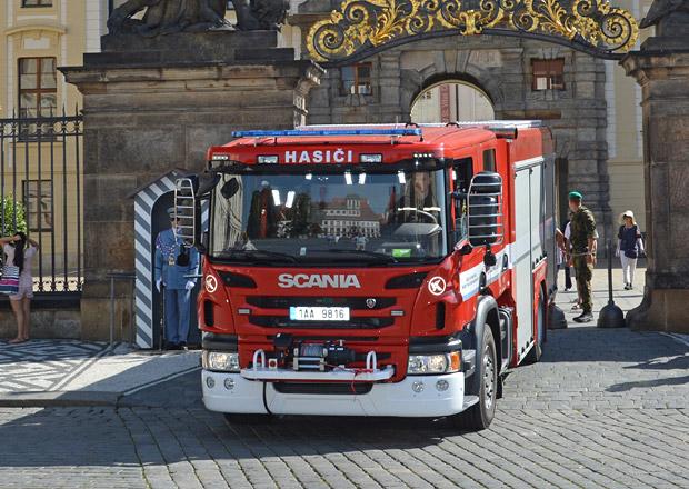 Scania P 480 jako hasičský speciál pro Pražský hrad