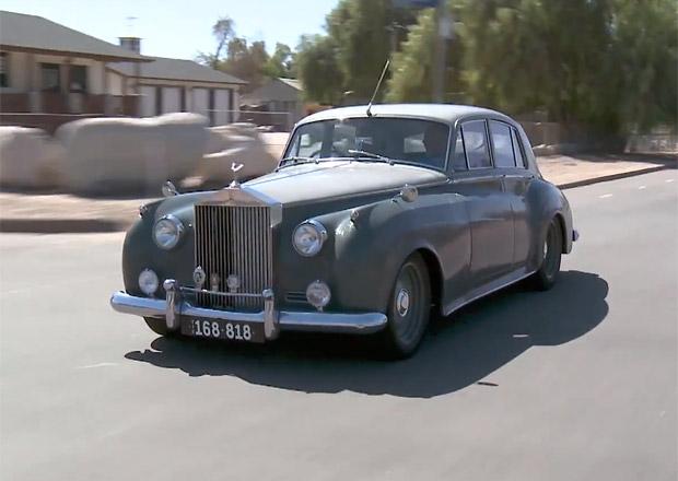 Jay Leno představuje Rolls-Royce Silver Cloud Derelict: Jako starý jen vypadá