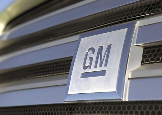 GM se kvůli prodeji Opelu propadla do ztráty, PSA se naopak daří