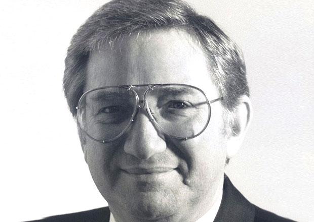 Peter Schutz, zachránce Porsche 911, zemřel