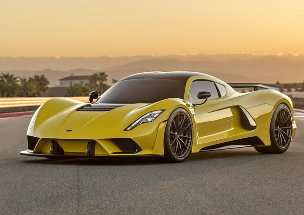 Hennessey Venom F5: Kam se hrabe Chiron... Tohle auto jede skoro 500 km/h!