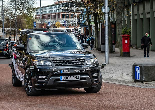 Prototypy značek Jaguar a Land Rover s autonomním řízením vyrazily na veřejné silnice