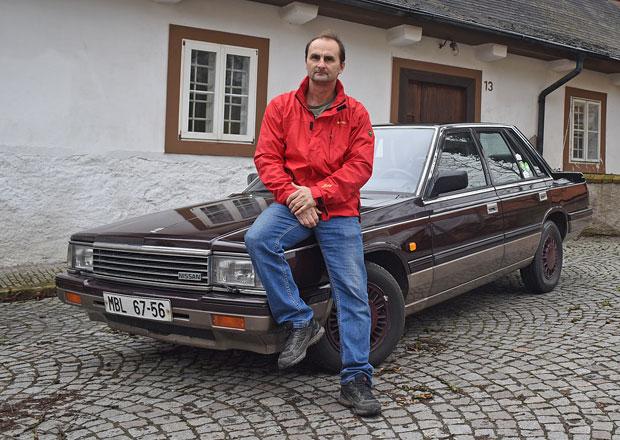 Znáte Nissan Laurel? Tenhle začínal jako taxík a najezdil už tři čtvrtě milionu kilometrů