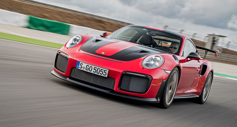 Porsche 911 GT2 RS: Nejvýkonnější 911 ve velké galerii