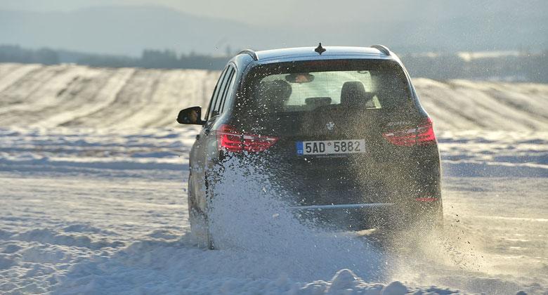 Auto a mráz: Jak se připravit na teploty pod nulou?
