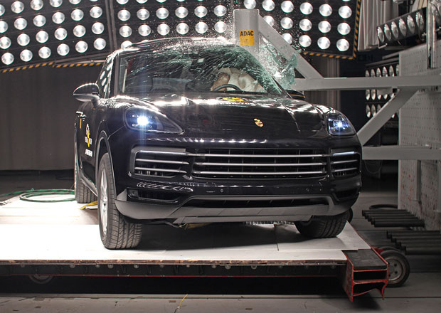 Euro NCAP 2017: Porsche Cayenne – Pět hvězd se zaváháním v ochraně dětí